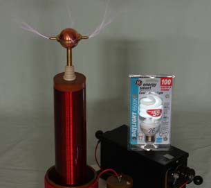 Tesla Coil Lights Flourescent Bulb
